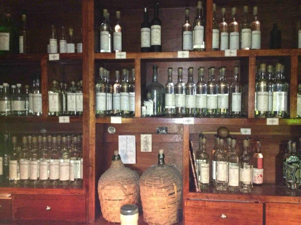 The bar at Mezcaloteca