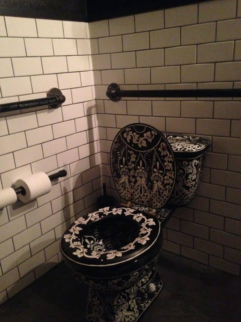 El Barrio's magnificent toilet