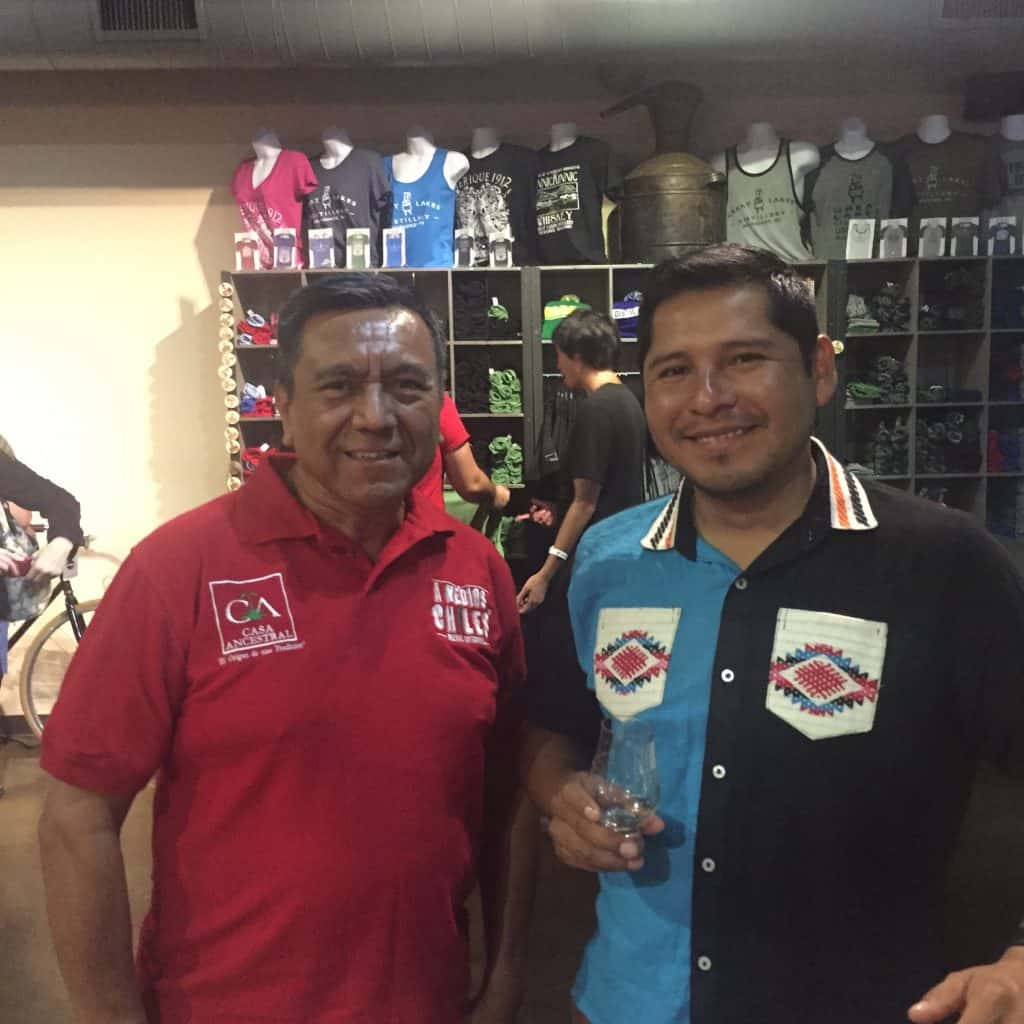 Don Armando Isidro Aquino of A Medios Chiles (left) and Carlos Mendez of Cruz de Fuego.