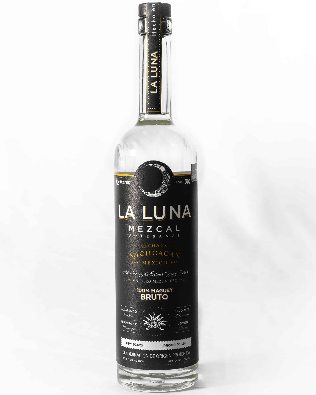 La Luna's Bruto bottle.